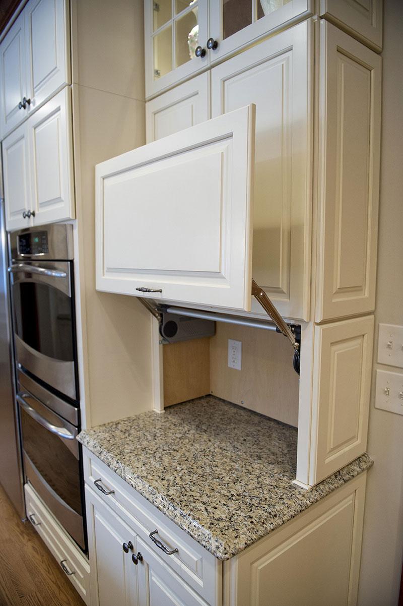 Traditional kitchen design custom white cabinets 3 hurst for Custom white kitchen cabinets